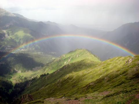 mountain_rainbow-fb