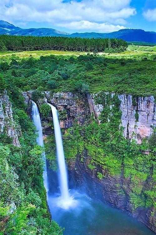 The Mac Mac Falls